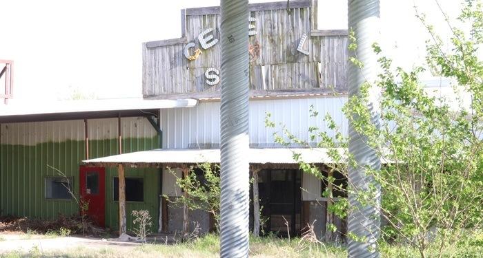 abandoned gas station 2